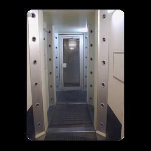 luchtdouche-doorloop-gang-recirculatie-vloerroosters